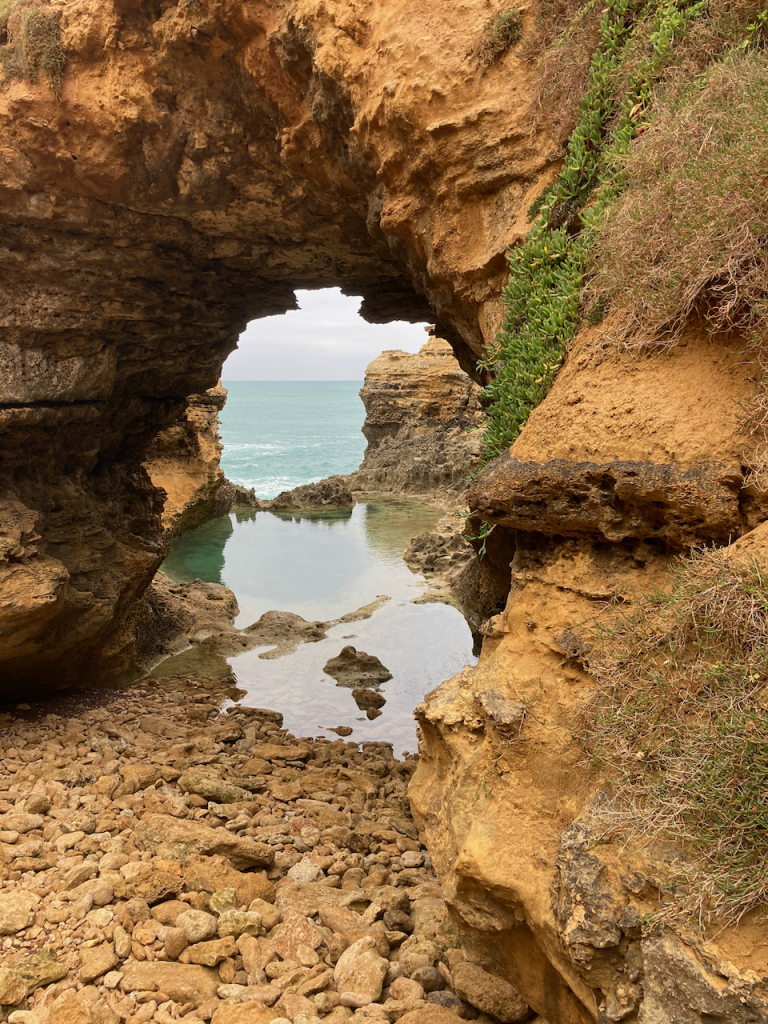 More grotto.